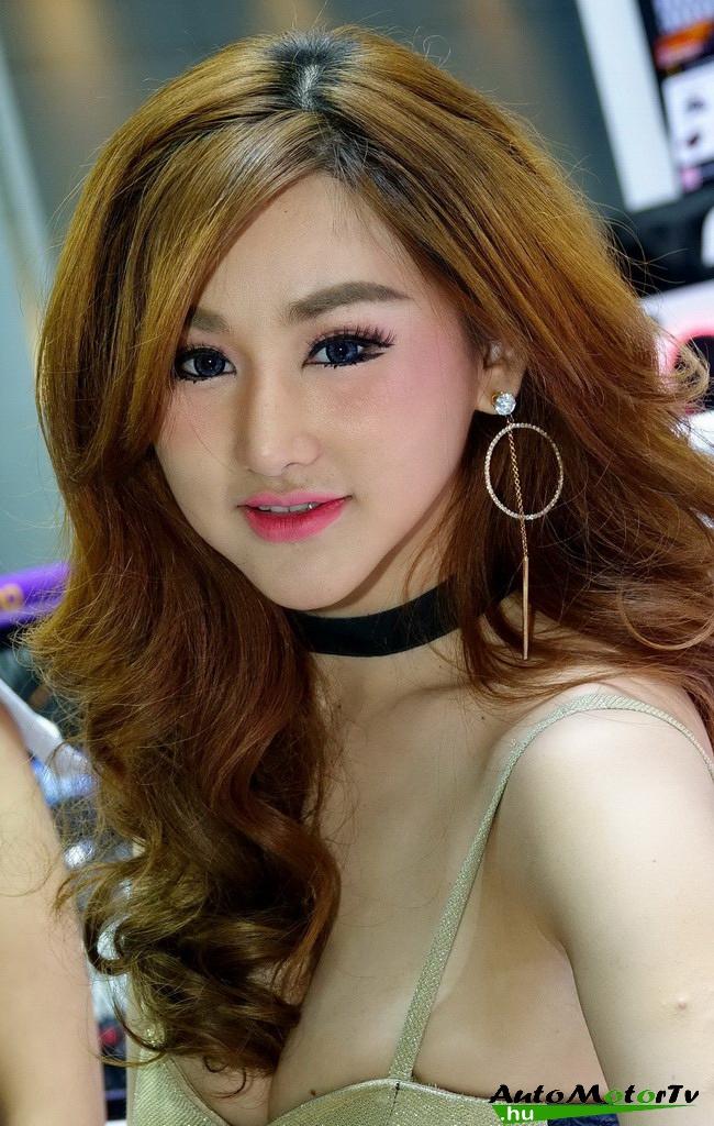 Bangkok_International_Motor_Show_Girls_AutoMotorTv_04