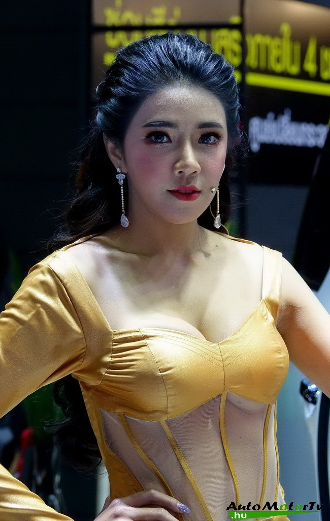 Bangkok_International_Motor_Show_Girls_AutoMotorTv_05