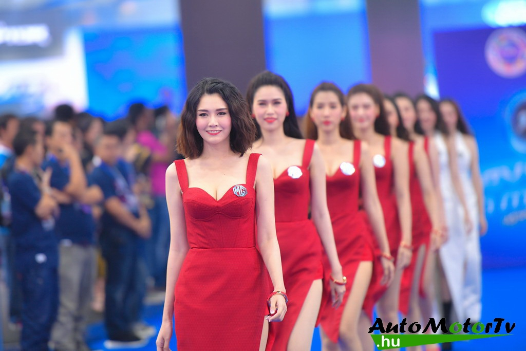 Bangkok_International_Motor_Show_Girls_AutoMotorTv_13